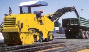 milling-asphalt-road-up-2